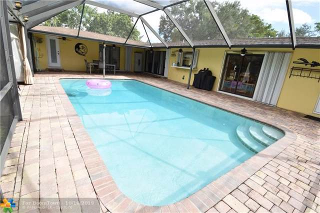 6281 SW 5th Ct, Plantation, FL 33317 (MLS #F10199208) :: The Howland Group