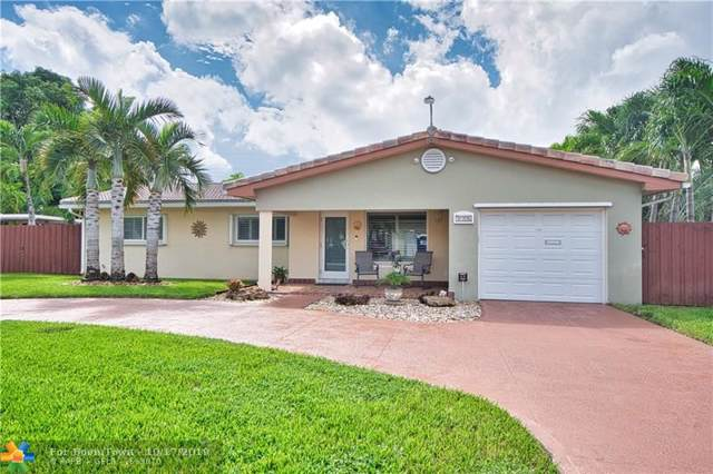 3126 Harrison St, Hollywood, FL 33021 (MLS #F10199242) :: United Realty Group