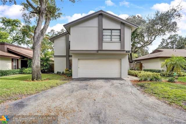 4105 N 49th Ave, Hollywood, FL 33021 (MLS #F10202186) :: Green Realty Properties