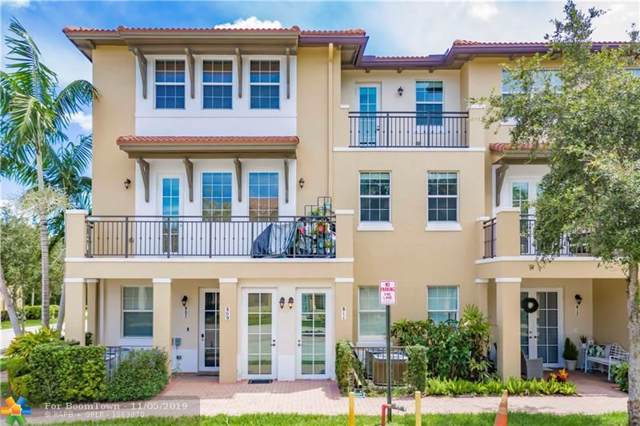 811 SW 147th Ave #1403, Pembroke Pines, FL 33027 (MLS #F10202298) :: Green Realty Properties