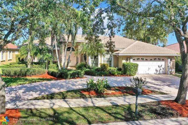 2654 Edgewater Dr, Weston, FL 33332 (MLS #F10203829) :: Green Realty Properties