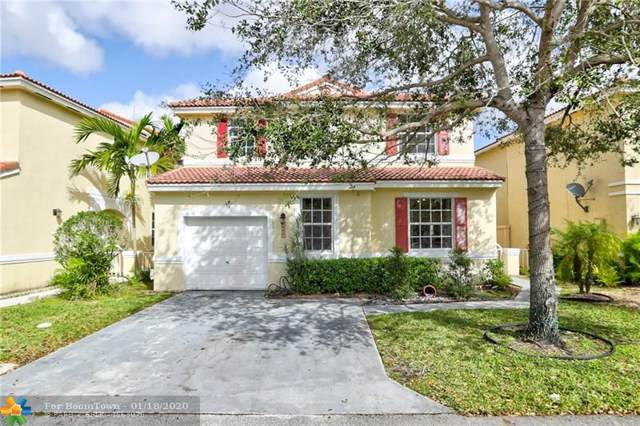 15385 SW 51st St, Davie, FL 33331 (MLS #F10211752) :: Green Realty Properties