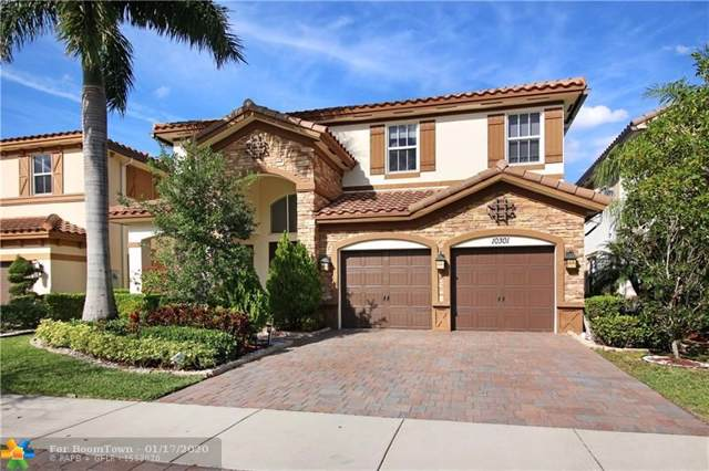 10301 Lake Vista Ct, Parkland, FL 33076 (MLS #F10212002) :: Laurie Finkelstein Reader Team