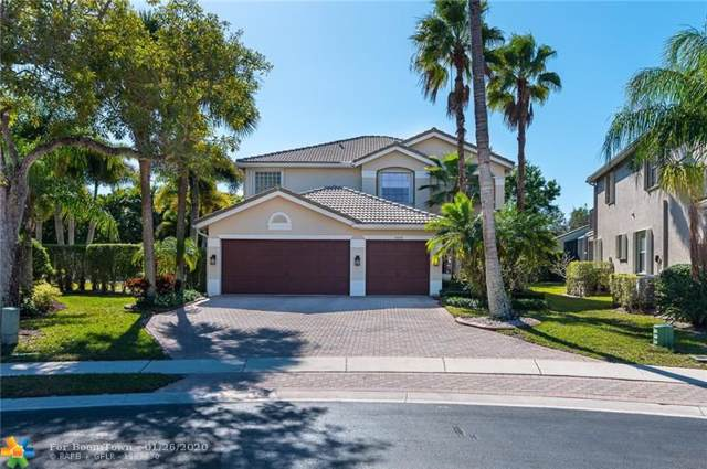 19030 Skyridge Cir, Boca Raton, FL 33498 (MLS #F10213699) :: Green Realty Properties