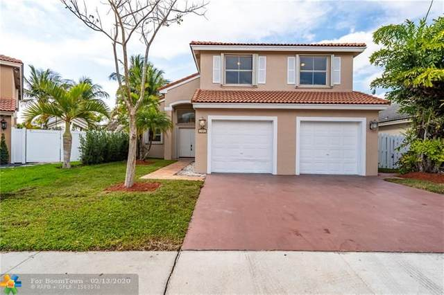 750 NW 166th Ave, Pembroke Pines, FL 33028 (MLS #F10214046) :: Castelli Real Estate Services