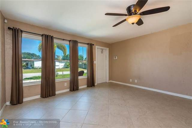3241 NE 14th Ave, Pompano Beach, FL 33064 (MLS #F10214209) :: GK Realty Group LLC