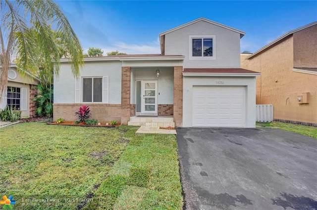 14016 Langley Pl, Davie, FL 33325 (MLS #F10214514) :: Berkshire Hathaway HomeServices EWM Realty