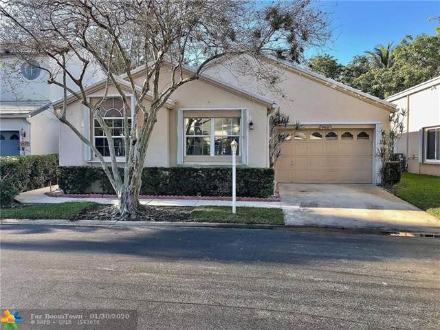 9627 NW 8th Cir, Plantation, FL 33324 (MLS #F10214541) :: Berkshire Hathaway HomeServices EWM Realty
