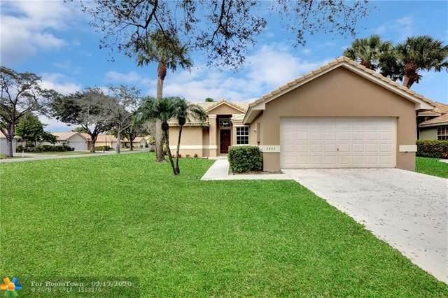 3803 S Lancewood Pl, Delray Beach, FL 33445 (MLS #F10214871) :: Castelli Real Estate Services