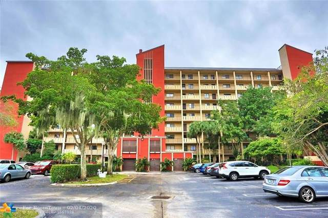 2202 S Cypress Bend Dr #402, Pompano Beach, FL 33069 (MLS #F10215322) :: Green Realty Properties