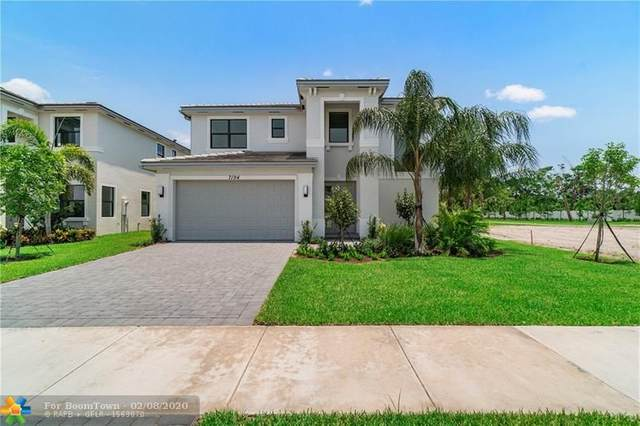 7194 Estero Drive, Lake Worth, FL 33463 (MLS #F10216111) :: Berkshire Hathaway HomeServices EWM Realty