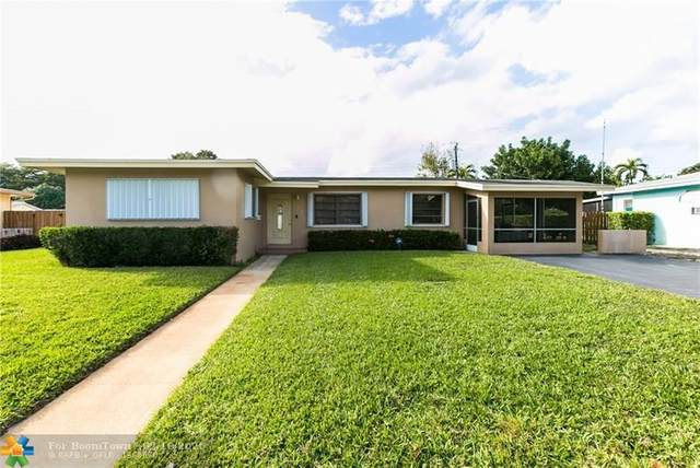 721 Fairway Dr, Plantation, FL 33317 (MLS #F10216348) :: Green Realty Properties