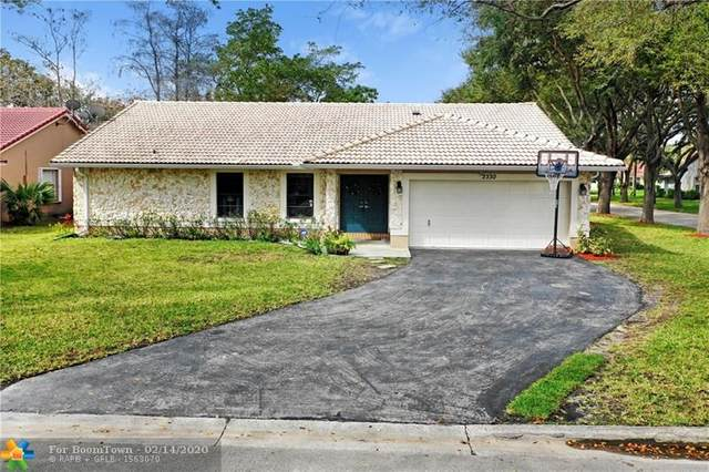 2330 NW 95th Ave, Coral Springs, FL 33065 (MLS #F10217011) :: United Realty Group