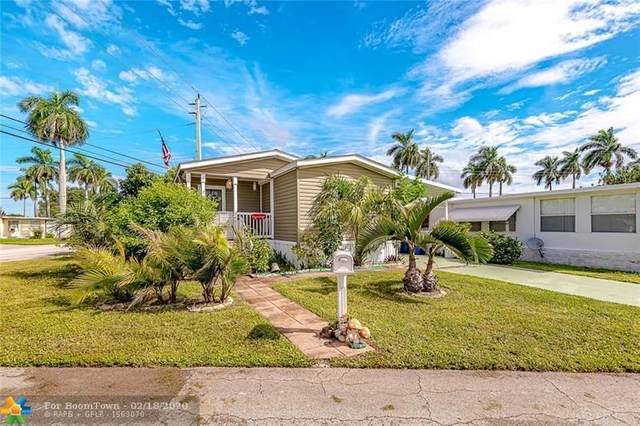 8591 SW 18th Ct, Davie, FL 33324 (MLS #F10217433) :: Berkshire Hathaway HomeServices EWM Realty