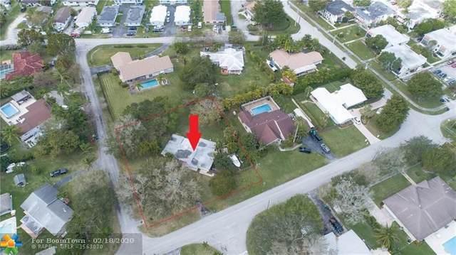 8701 SW 142nd St, Palmetto Bay, FL 33176 (MLS #F10217474) :: Berkshire Hathaway HomeServices EWM Realty