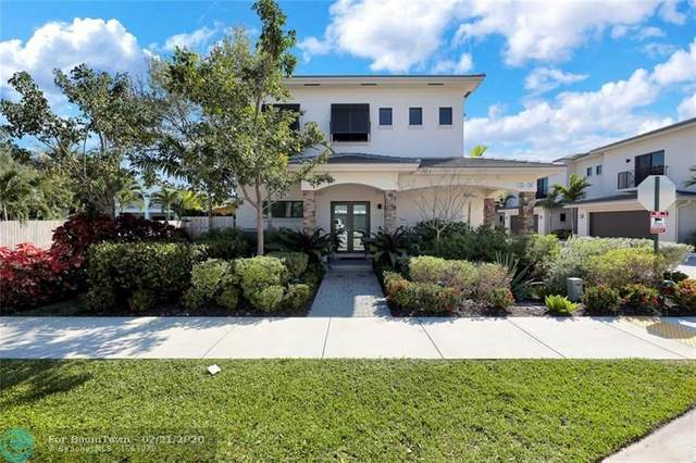 1032 NE 33rd St, Oakland Park, FL 33334 (MLS #F10218017) :: Castelli Real Estate Services