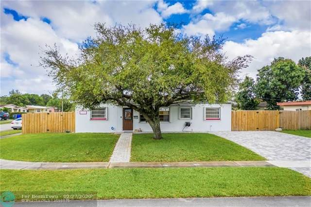 351 N 69th Way, Hollywood, FL 33024 (MLS #F10218228) :: Castelli Real Estate Services
