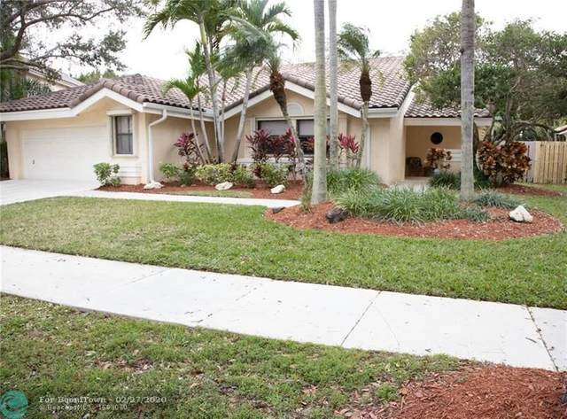 1965 Lake Point Dr, Weston, FL 33326 (MLS #F10218329) :: Berkshire Hathaway HomeServices EWM Realty