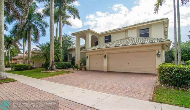 903 Stillwater Ct, Weston, FL 33327 (MLS #F10218678) :: Berkshire Hathaway HomeServices EWM Realty