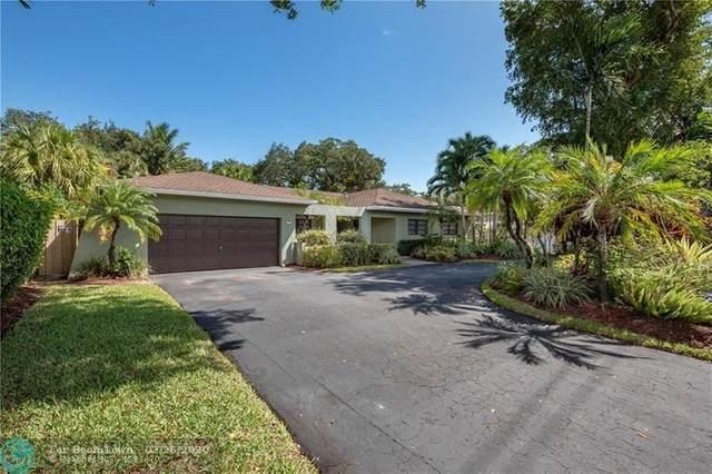 3751 N Park Rd, Hollywood, FL 33021 (MLS #F10218911) :: Green Realty Properties