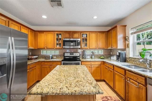 6304 Willoughby Cir, Lake Worth, FL 33463 (MLS #F10218981) :: Green Realty Properties