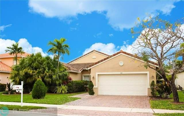 811 SW 190th Ave, Pembroke Pines, FL 33029 (MLS #F10219326) :: Berkshire Hathaway HomeServices EWM Realty