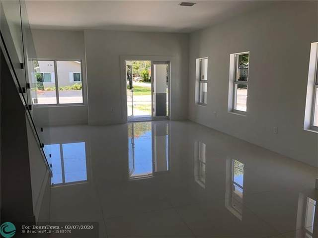 1490 NE 34th St #1490, Oakland Park, FL 33334 (MLS #F10220702) :: THE BANNON GROUP at RE/MAX CONSULTANTS REALTY I