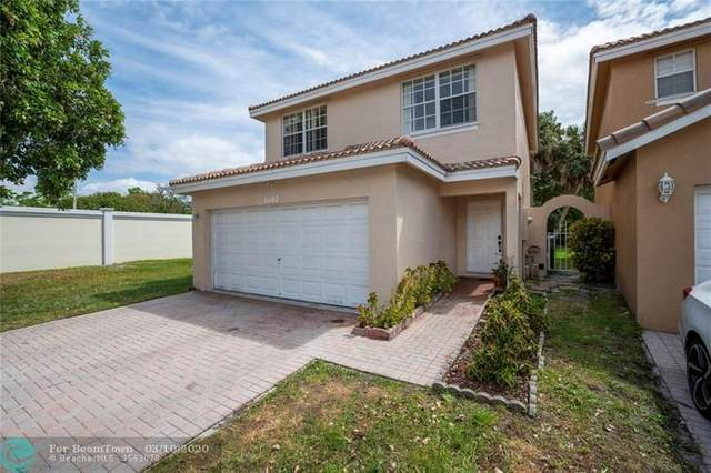 6600 NW 38th Dr, Lauderhill, FL 33319 (MLS #F10220935) :: The Howland Group