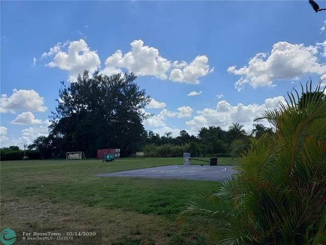 5140 SW 208th Ln, Southwest Ranches, FL 33332 (MLS #F10221515) :: United Realty Group