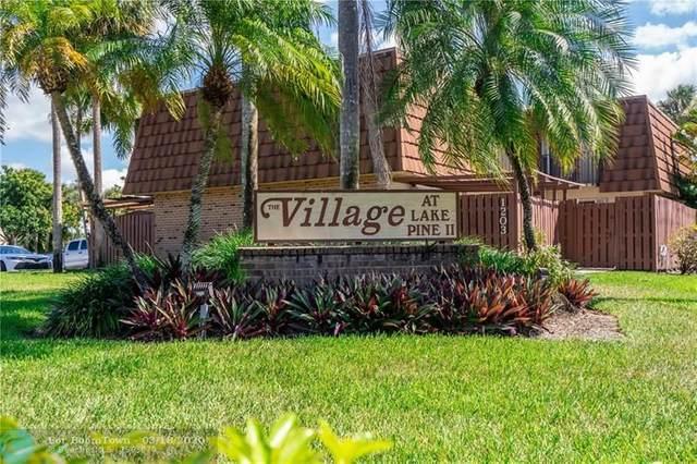 11852 SW 13th Ct, Davie, FL 33325 (MLS #F10222396) :: Green Realty Properties