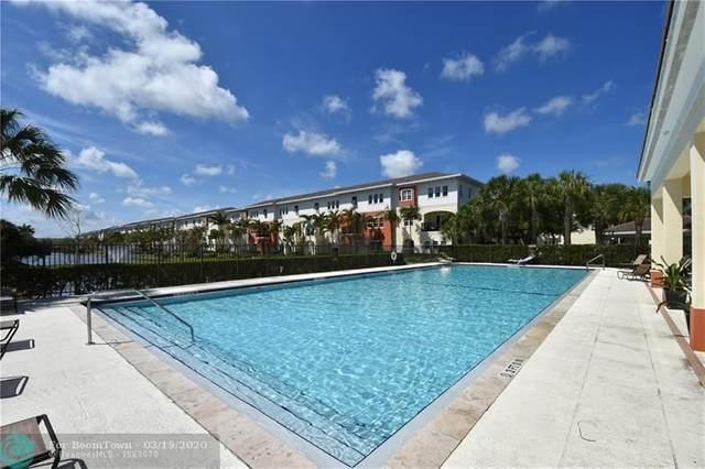 263 SW 7th Ct, Pompano Beach, FL 33060 (MLS #F10222643) :: The Paiz Group