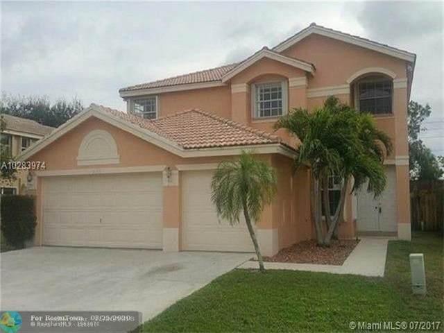 7132 Chesapeake Cir, Boynton Beach, FL 33436 (MLS #F10222938) :: Miami Villa Group