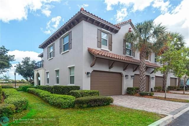 4077 Cascada Cir #4077, Cooper City, FL 33024 (MLS #F10223826) :: Green Realty Properties