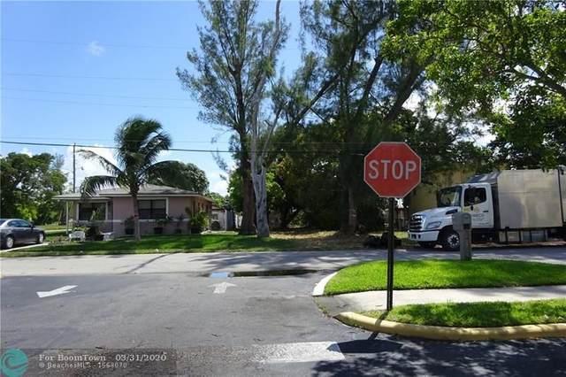 116 SW 1st Ct, Deerfield Beach, FL 33441 (MLS #F10223949) :: The Paiz Group
