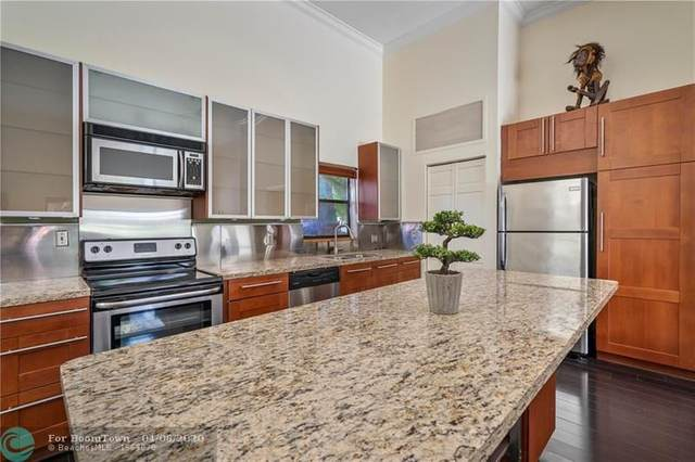 2713 S Parkview Dr #2713, Hallandale, FL 33009 (MLS #F10224149) :: The O'Flaherty Team