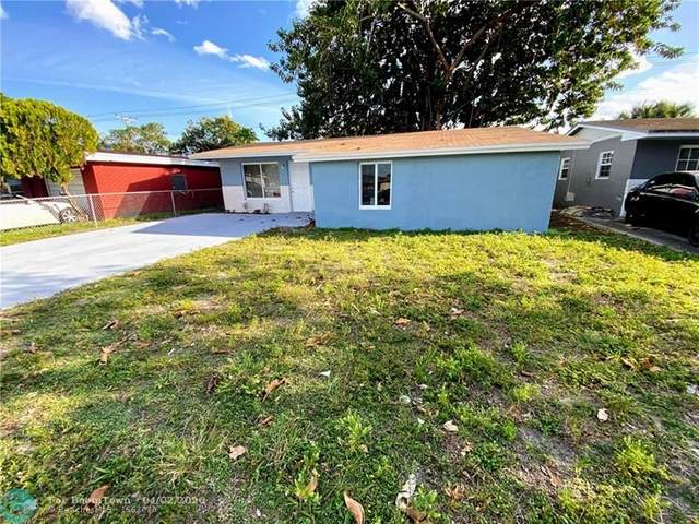 2720 NW 2nd St, Pompano Beach, FL 33069 (MLS #F10224232) :: Castelli Real Estate Services