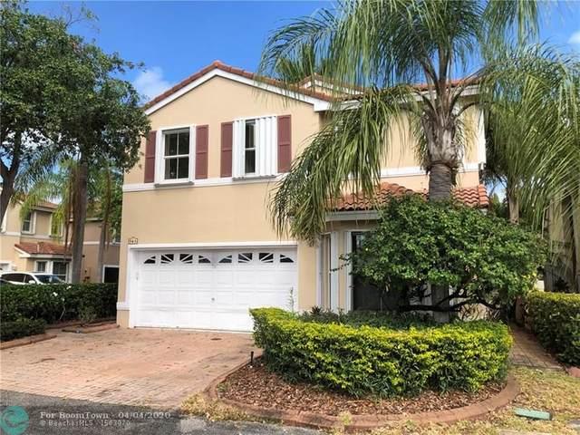 945 Scarlet Oak Way, Hollywood, FL 33019 (MLS #F10224356) :: Patty Accorto Team