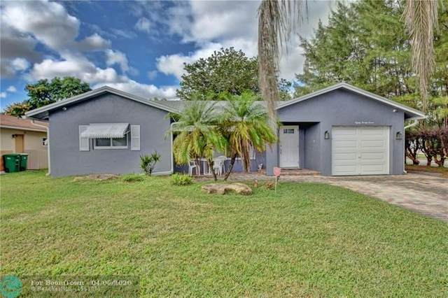 8027 NW 93rd Ave, Tamarac, FL 33321 (MLS #F10224443) :: Patty Accorto Team