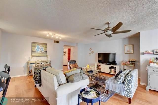 106 Half Moon Circle D1, Hypoluxo, FL 33462 (MLS #F10225429) :: Berkshire Hathaway HomeServices EWM Realty