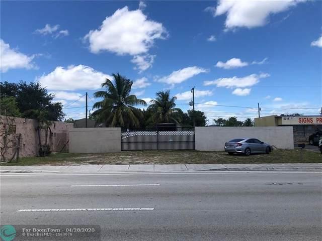 5315 Pembroke Rd, Hollywood, FL 33021 (#F10227126) :: Ryan Jennings Group