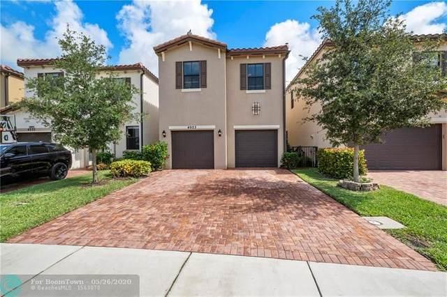 4923 NW 55th Pl, Tamarac, FL 33319 (MLS #F10229694) :: Green Realty Properties