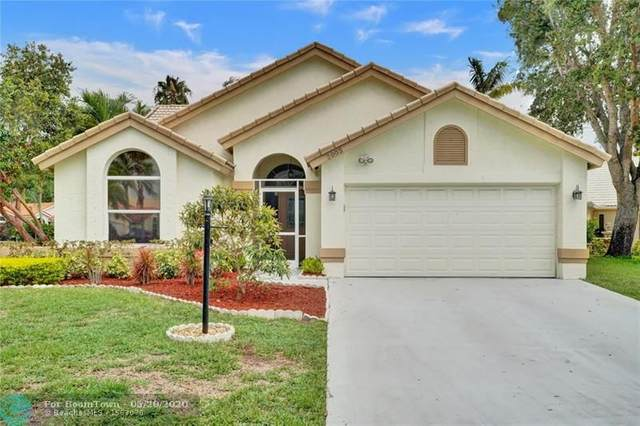 2005 White Coral Ct, Wellington, FL 33414 (MLS #F10230413) :: Green Realty Properties