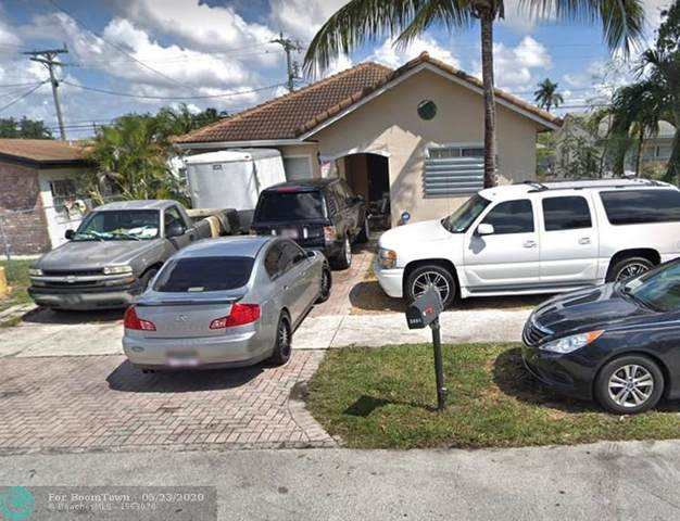 2451 NW 15th St, Fort Lauderdale, FL 33311 (MLS #F10230597) :: Castelli Real Estate Services