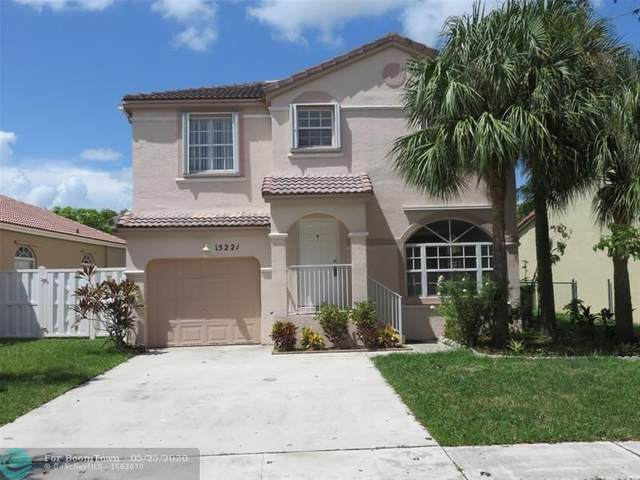 15221 NW 6th Ct, Pembroke Pines, FL 33028 (MLS #F10231088) :: THE BANNON GROUP at RE/MAX CONSULTANTS REALTY I