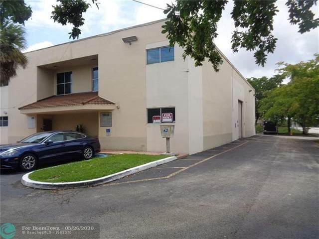 10228 NW 50th St, Sunrise, FL 33351 (MLS #F10231195) :: Berkshire Hathaway HomeServices EWM Realty