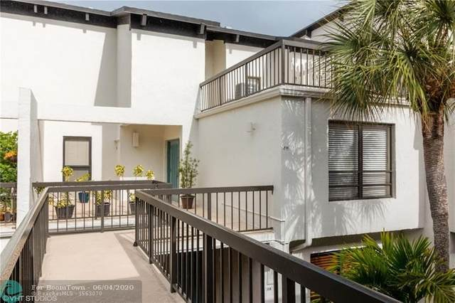 900 Greensward Ln 206-G, Delray Beach, FL 33445 (MLS #F10232718) :: Green Realty Properties