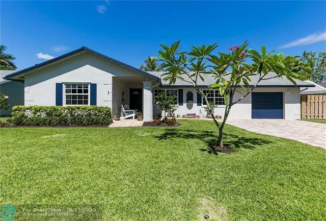1111 SW 127th Ter, Davie, FL 33325 (MLS #F10234669) :: Green Realty Properties
