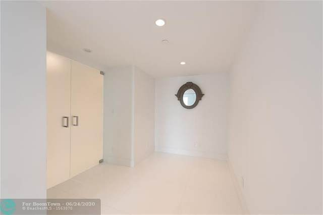 100 Lincoln Rd #1523, Miami Beach, FL 33139 (MLS #F10235658) :: Patty Accorto Team