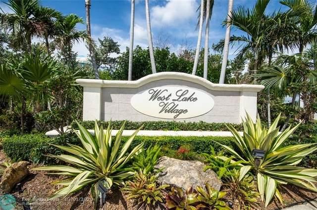 1085 Lyontree St, Hollywood, FL 33019 (MLS #F10236243) :: Berkshire Hathaway HomeServices EWM Realty