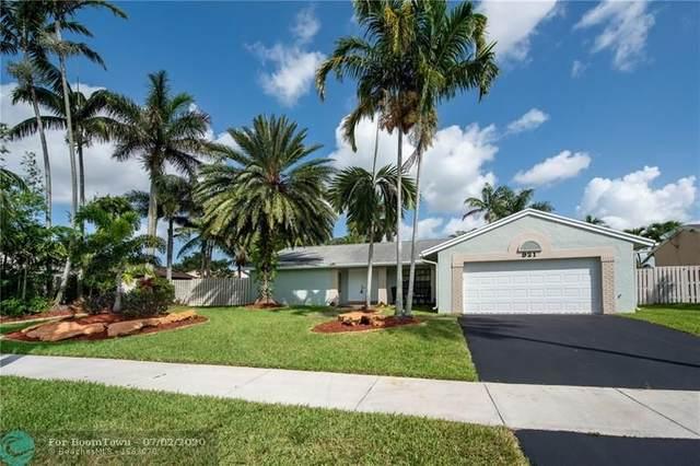 921 Blue Ridge Way, Davie, FL 33325 (MLS #F10236995) :: Castelli Real Estate Services